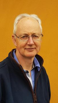 David Appleton head and shoulders